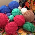 Отдается в дар Разноцветные мотки пряжи