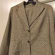 Отдается в дар Костюм женский пиджак и юбка размера 48
