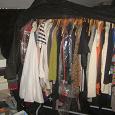 Отдается в дар много женской одежды 36-38