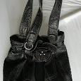 Отдается в дар черная женская сумка