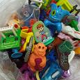 Отдается в дар Мелкие игрушки, киндеры и не киндеры