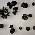 Отдается в дар Пуговицы пластмассовые чёрного цвета