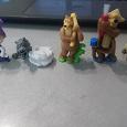Отдается в дар Маша и медведь ~ игрушки из киндеров