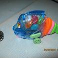 Отдается в дар рыбка-игрушка+конфетки