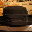 Отдается в дар Шляпа черная размер 53-54