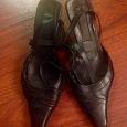 Отдается в дар Туфли открытые 37 размер