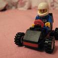 Отдается в дар Лего-гонщик