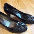 Отдается в дар Туфли женские чёрный 42 размер