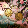 Отдается в дар Китайские медальоны феншуй