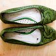 Отдается в дар Туфли женские кожаные зеленые Marco Tozzi.