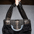 Отдается в дар Маленькая черная сумочка