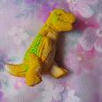 Отдается в дар Динозавр, который вылупился из яйца!