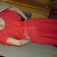 Отдается в дар Платье — ярко-красное в мелкий белый горох — р. 42-44