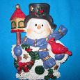 Отдается в дар Фигурка Снеговик + Санта Клаус