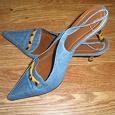 Отдается в дар женские туфельки (босоножки)
