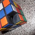 Отдается в дар кубик рубика под реставрацию или хм