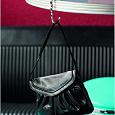 Отдается в дар Дамский аксессуар крючок-вешалка для сумок