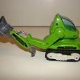 Отдается в дар Трактор экскаватор Keenway для мальчика.