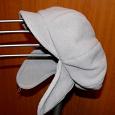 Отдается в дар Теплая женская шапка-кепка