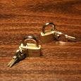 Отдается в дар Два маленьких замочка с ключами.