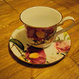 Отдается в дар Набор чайно-кофейных чашек с блюдцами
