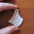Отдается в дар украшение ручной работы керамика