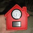 Отдается в дар Часы сувенирные, настольные, кварцевые, рабочие, с логотипом компании Миэль.