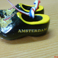 Отдается в дар башмачки-сувениры из Амстердама
