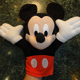 Отдается в дар большой Микки Маус на руку, кукольный театр