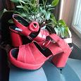 Отдается в дар Туфли красные размер 38