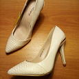 Отдается в дар туфли женские, размер 35
