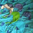 Отдается в дар Шапочки вязанные на ребенка