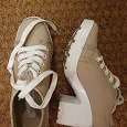Отдается в дар Ботинки на каблуке (36 размер)