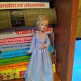 Отдается в дар Кукла фарфоровая 19 см вроде деаггстини колекция