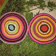 Отдается в дар Два коврика сидушки для табурета