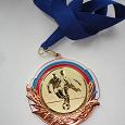 Отдается в дар Медаль футбольная