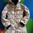 Отдается в дар Куртка зима-весна с капюшоном. Размер 42.