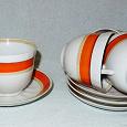 Отдается в дар Чайный комплект — чашки и блюдца