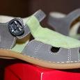Отдается в дар Детские сандалии