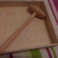 Отдается в дар Деревянная коробка с молотком