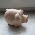 Отдается в дар Фигурка свинки.