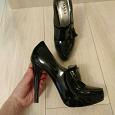 Отдается в дар Туфли женские на высоком каблуке