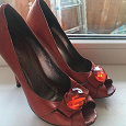 Отдается в дар Красные туфли кожа 36 размер б/у