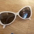 Отдается в дар Детские солнцезащитные очки для девочки