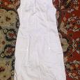 Отдается в дар Бело-кремовое платье 36-38 размера