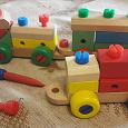Отдается в дар Игрушка: деревянный поезд. Некомплект
