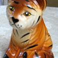 Отдается в дар Тигр статуэтка