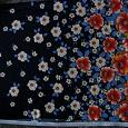 Отдается в дар Отрез ткани — цветы на чёрном фоне СССР (1)