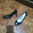 Отдается в дар Женские туфли на высоком каблуке