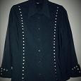 Отдается в дар Женская черная блузка украшена стразами, размер L